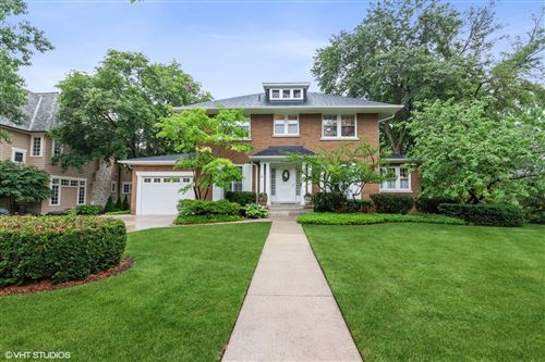 Photo of 441 Blackstone Avenue, La Grange, IL 60525 (MLS # 11146336)