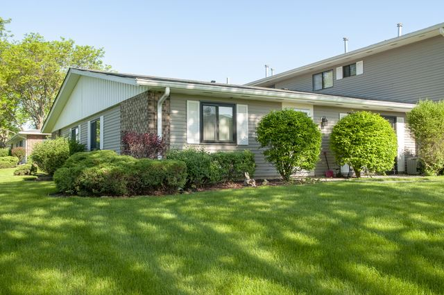 136 Brewster Court #B, Bloomingdale, IL 60108 - #: 10732337
