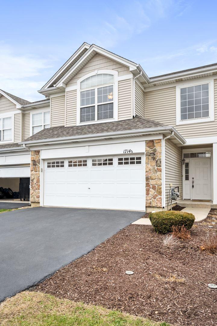 Photo of 1714 Fieldstone Drive S, Shorewood, IL 60404 (MLS # 10956337)