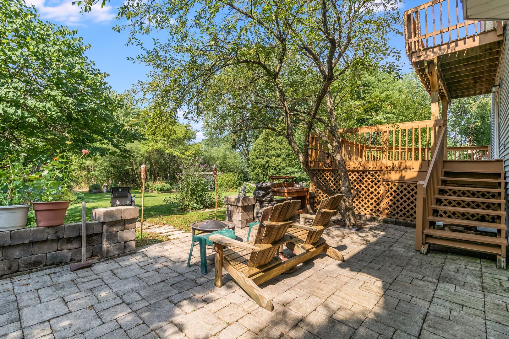 Photo of 1409 Sussex Road, Naperville, IL 60540 (MLS # 11256337)