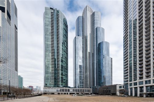 Photo of 1201 S PRAIRIE Avenue #4401, Chicago, IL 60605 (MLS # 11006338)