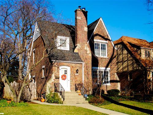 Photo of 2717 Simpson Street, Evanston, IL 60201 (MLS # 10917339)