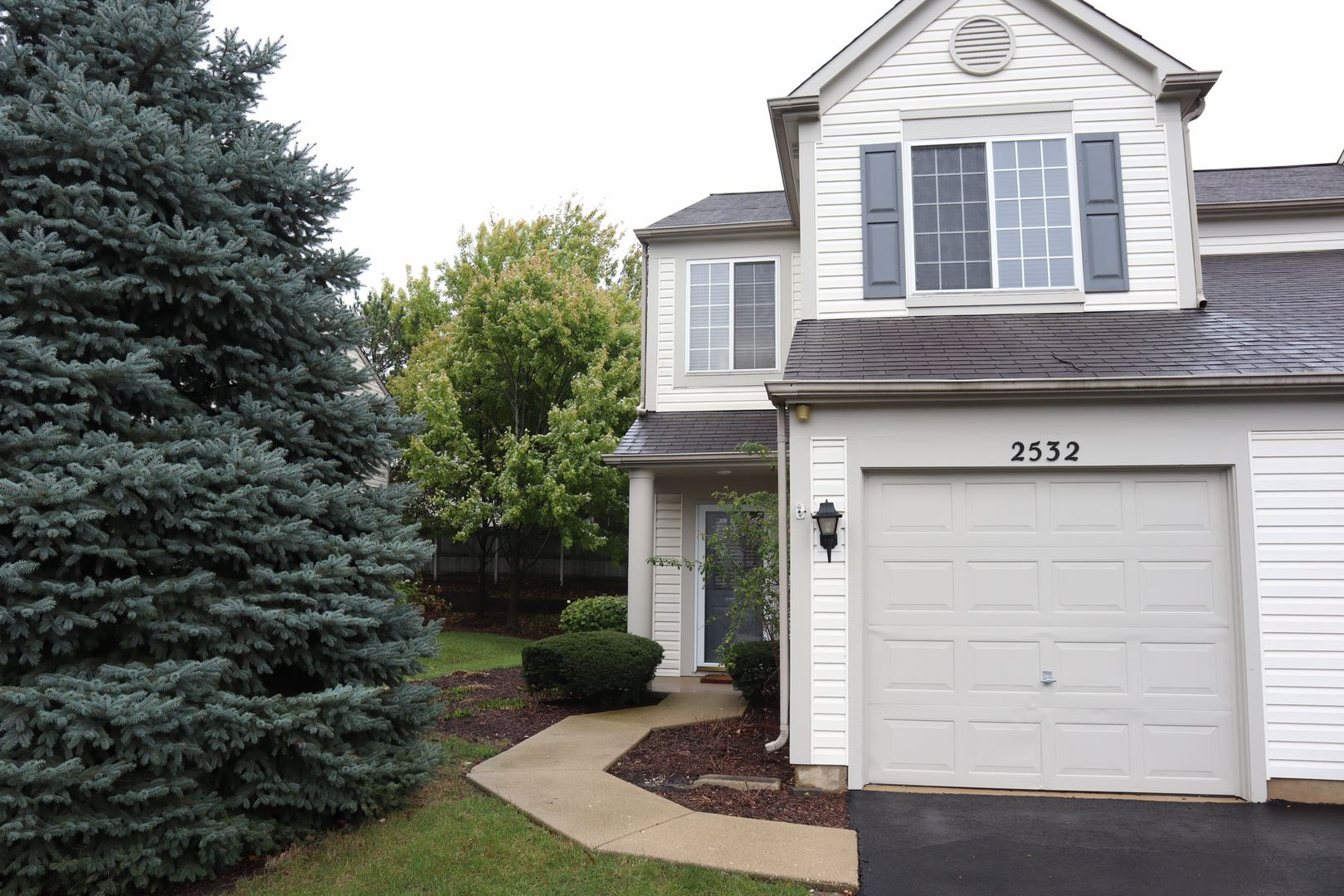 Photo of 2532 Carrolwood Road, Naperville, IL 60540 (MLS # 11255339)