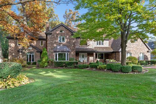 Photo of 3110 Heritage Oaks Lane, Oak Brook, IL 60523 (MLS # 10565343)