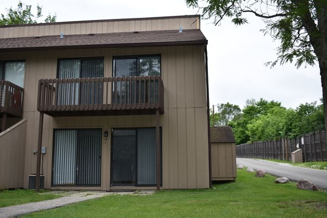 12 Saint Thomas Colony UNIT 1, Fox Lake, IL 60020 - #: 10425343
