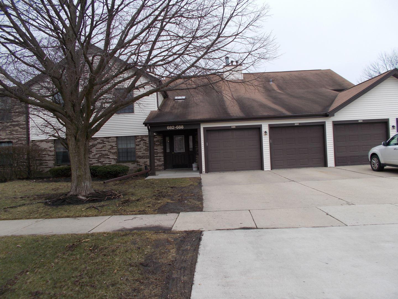 688 WEIDNER Road #C2, Buffalo Grove, IL 60089 - #: 10923344