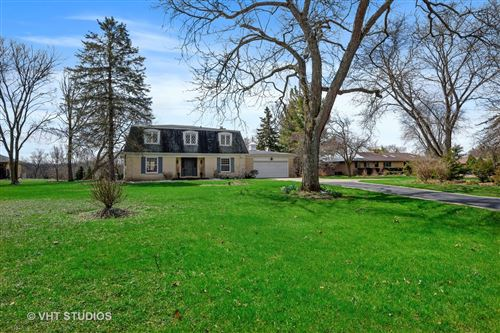 Photo of 627 Signal Hill Road, North Barrington, IL 60010 (MLS # 10691345)