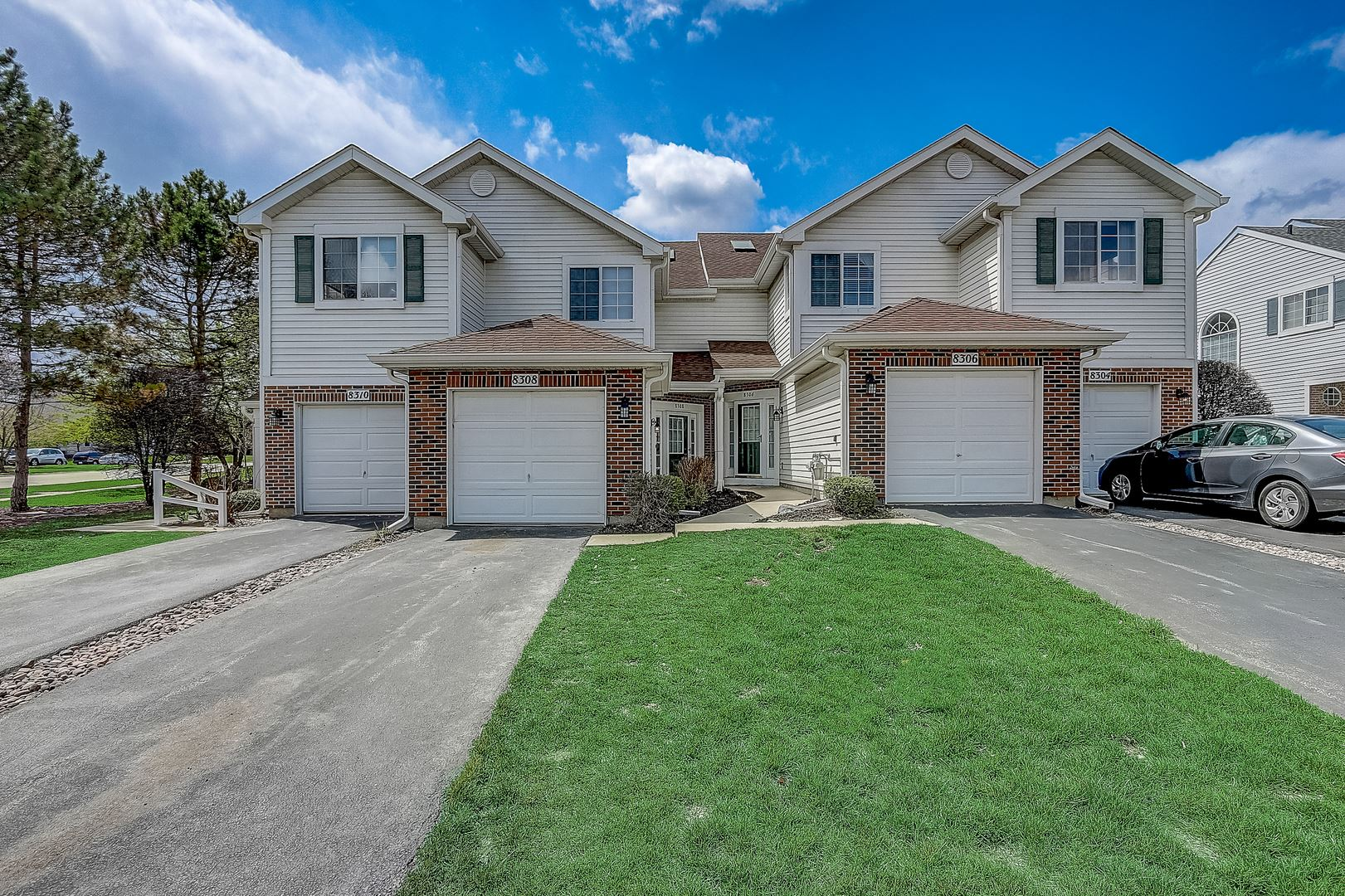 8308 Sweetwater Court, Darien, IL 60561 - #: 10743350