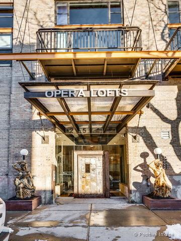 Photo of 2545 South Dearborn Street #308, Chicago, IL 60616 (MLS # 10645351)