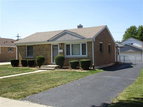 Photo of 10612 Moody Avenue, Chicago Ridge, IL 60415 (MLS # 11121351)