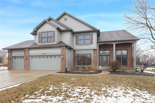 Photo of 26112 West Chatham Drive, Plainfield, IL 60585 (MLS # 10648352)