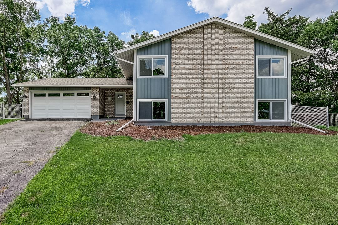 5 Wolfe Court, Woodridge, IL 60517 - #: 10765353