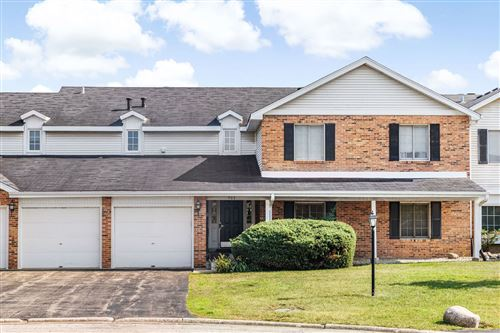 Photo of 733 cottonwood Court #30-A, Willowbrook, IL 60521 (MLS # 11169356)