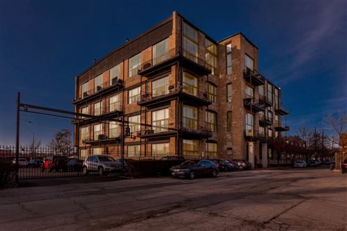 Photo of 2614 N Clybourn Avenue #406, Chicago, IL 60614 (MLS # 10941358)