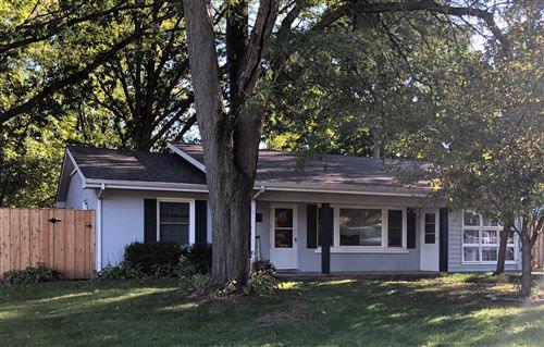 Photo of 162 W Wood Street, New Lenox, IL 60451 (MLS # 10975359)