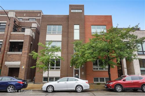 Photo of 2736 N Ashland Avenue #3N, Chicago, IL 60614 (MLS # 10860361)