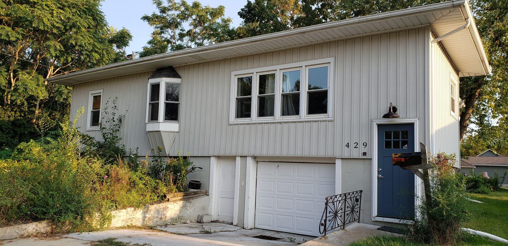 429 E 1st Street, Oglesby, IL 61348 - #: 11243362