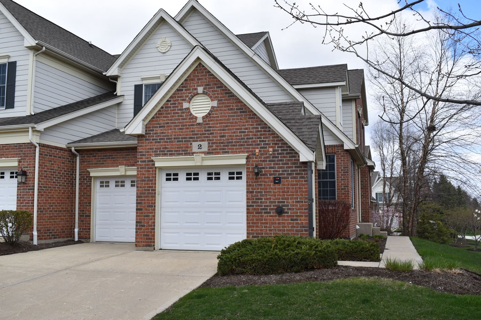 2 Red Tail Drive, Hawthorn Woods, IL 60047 - #: 10692366