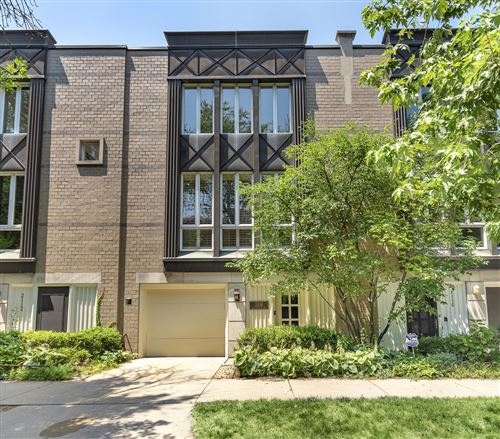 Photo of 2114 N Lakewood Avenue, Chicago, IL 60614 (MLS # 10671367)