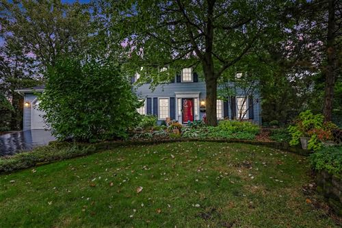 Photo of 5723 Wanda Place, Downers Grove, IL 60516 (MLS # 11246367)