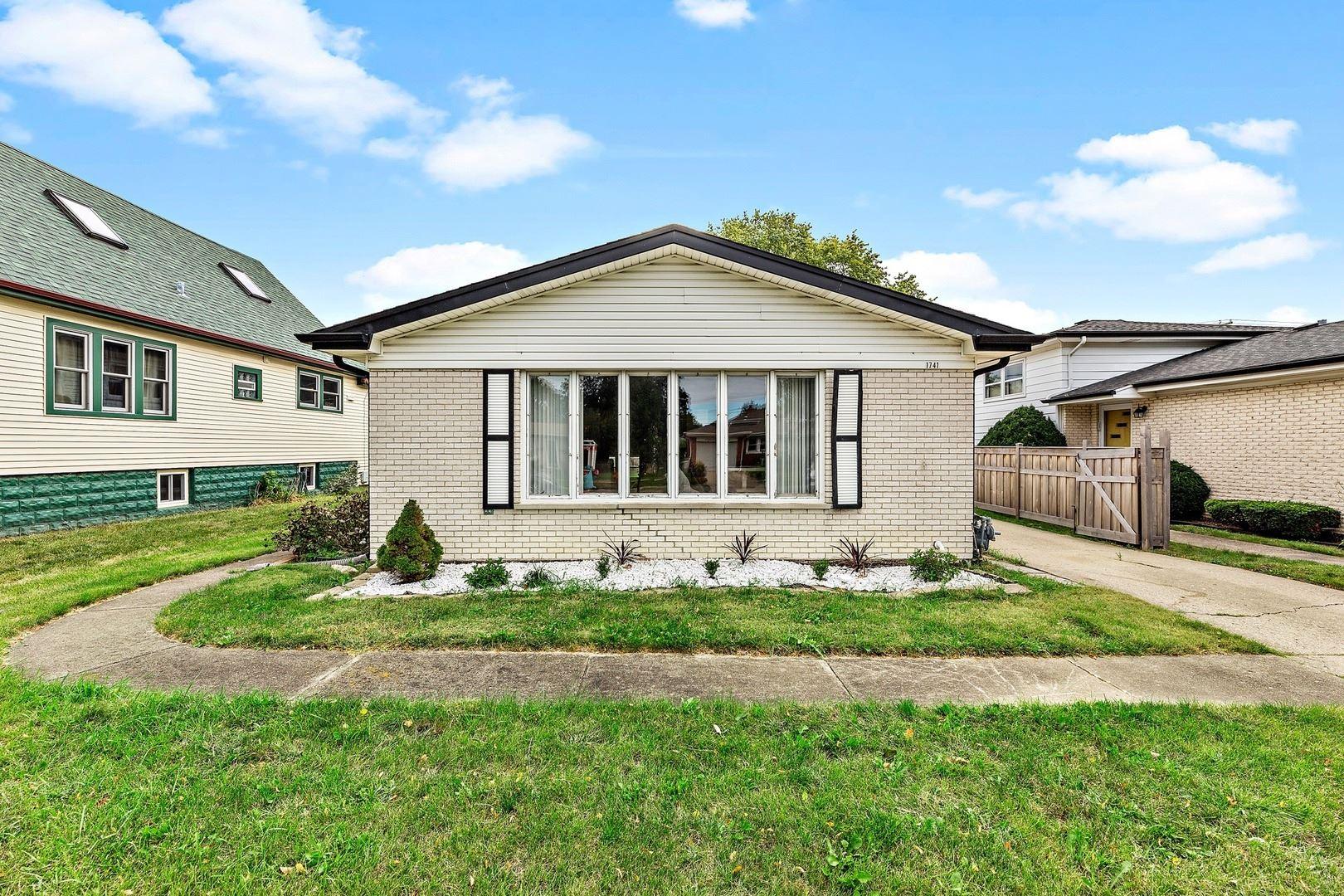 1741 Illinois Street, Des Plaines, IL 60018 - #: 11229369