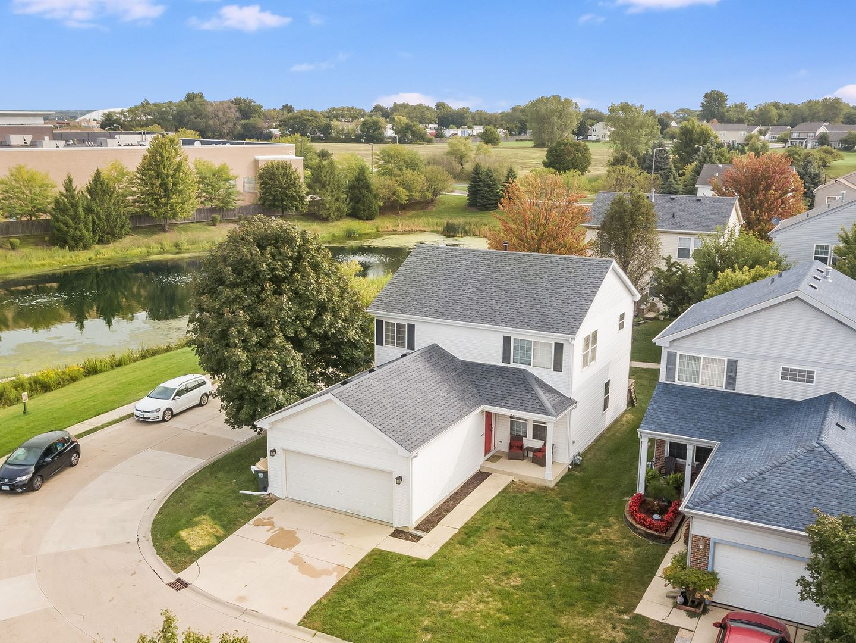 Photo of 32 Bridgeview Drive, Oswego, IL 60543 (MLS # 10860370)
