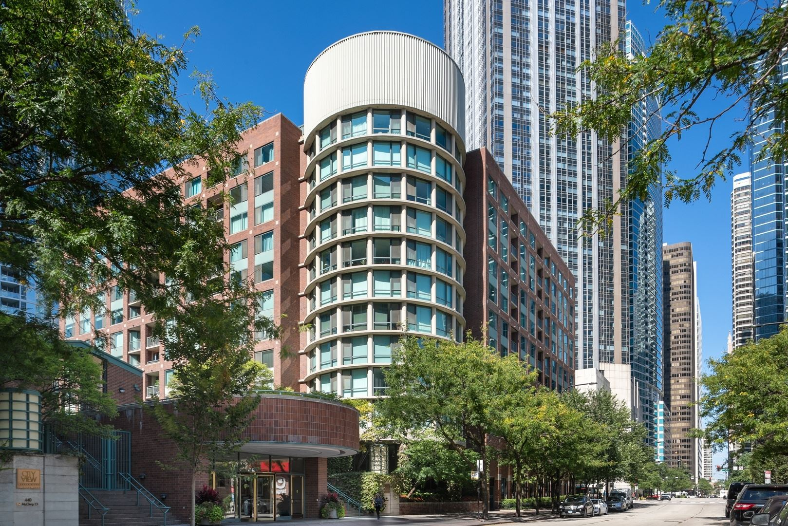 Photo for 480 North Mcclurg Court #820, Chicago, IL 60611 (MLS # 10544371)