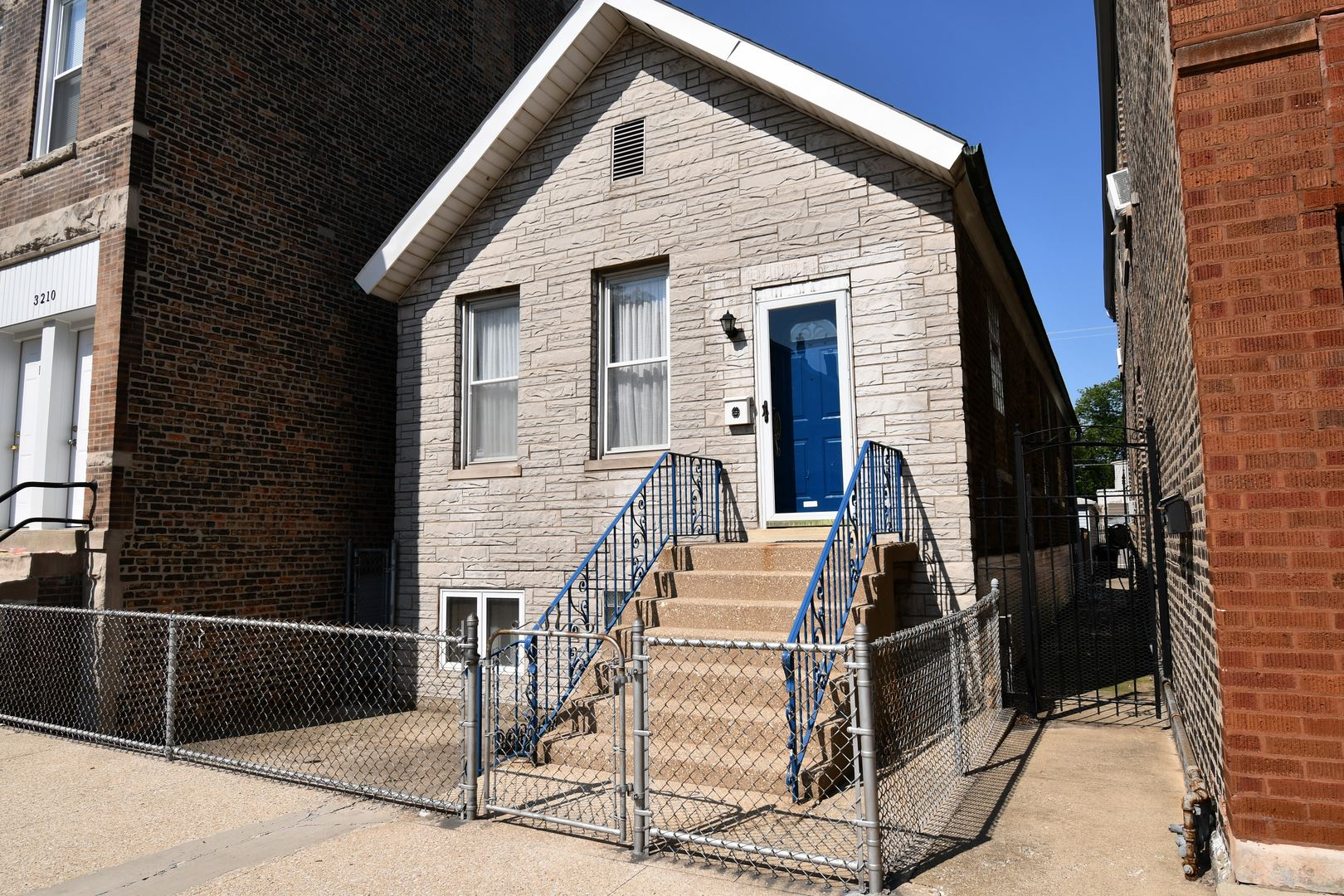 3208 S May Street, Chicago, IL 60608 - #: 11249371
