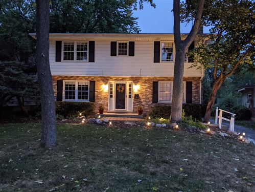 Photo of 5709 Plymouth Street, Downers Grove, IL 60516 (MLS # 11248372)