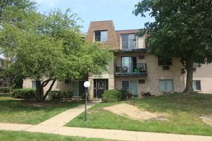 208 Shorewood Drive #2D, Glendale Heights, IL 60139 - #: 10744372