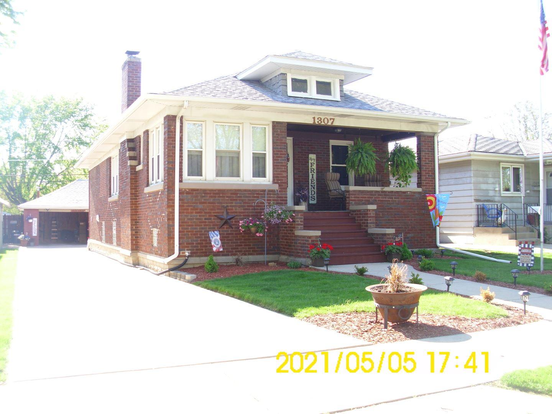 Photo of 1307 N Raynor Avenue, Joliet, IL 60435 (MLS # 11077372)