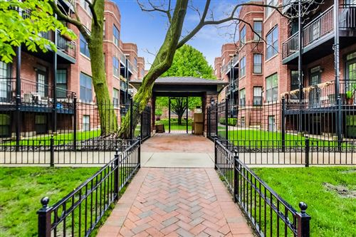 Photo of 2705 N MILDRED Avenue #2D, Chicago, IL 60614 (MLS # 10722373)