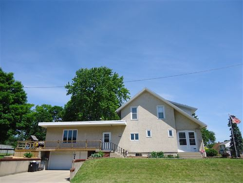 Photo for 1503 Campbell Avenue, Lasalle, IL 61301 (MLS # 11114373)