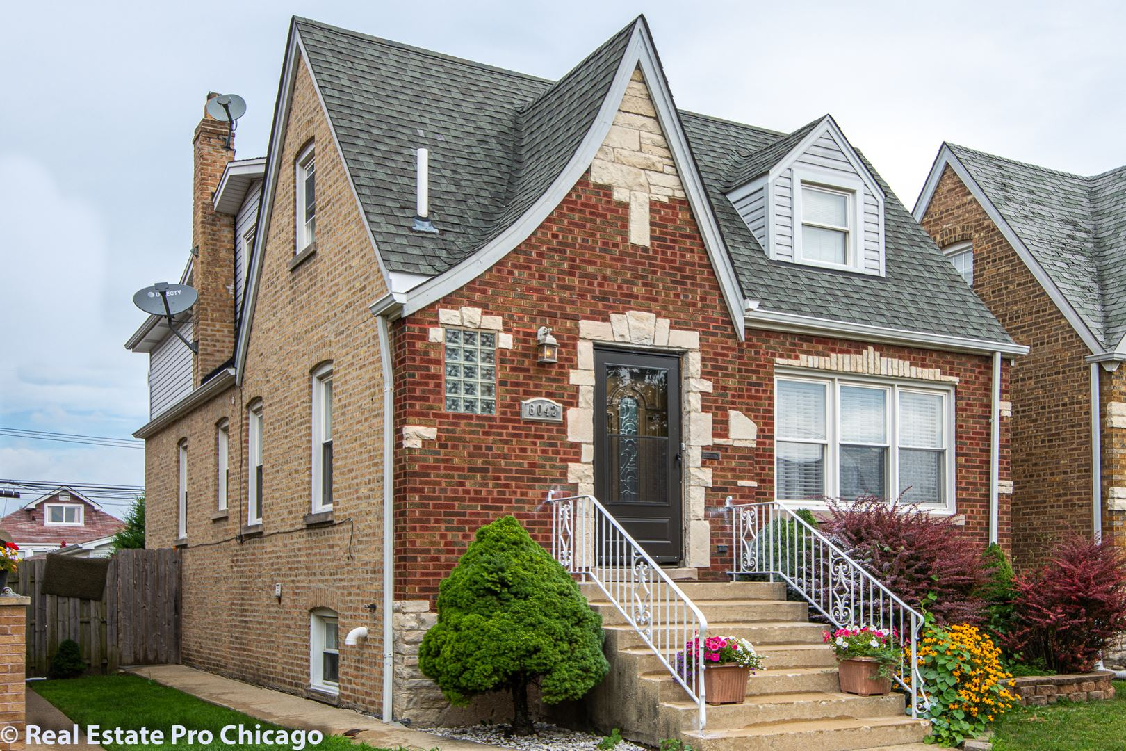 Photo for 6042 W Melrose Street, Chicago, IL 60634 (MLS # 10803373)
