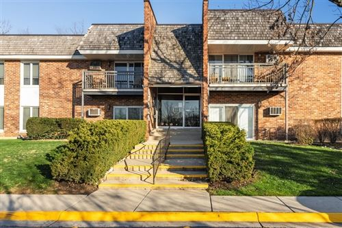 Photo of 3939 Saratoga Avenue #112, Downers Grove, IL 60515 (MLS # 10958374)