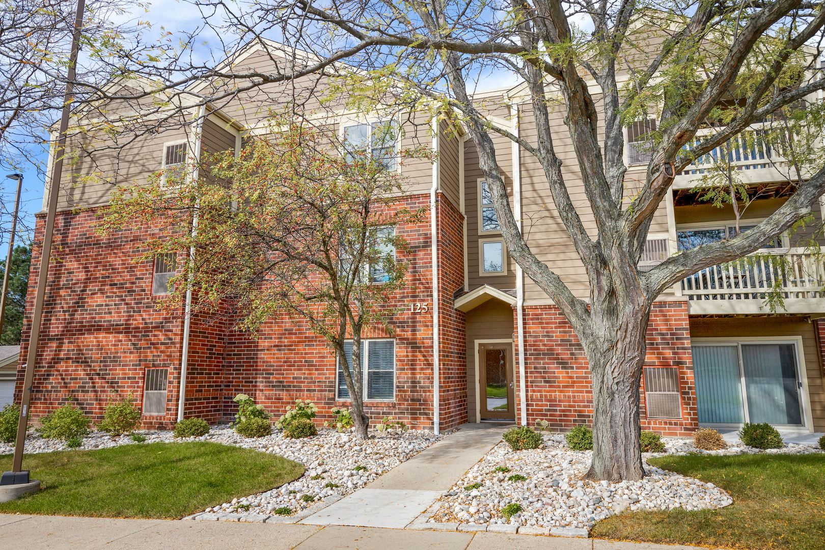 125 Glengarry Drive #302, Bloomingdale, IL 60108 - #: 11253374