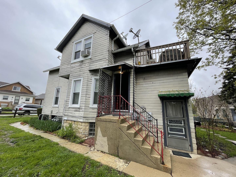 Photo of 724 Raub Street #2, Joliet, IL 60435 (MLS # 11078377)
