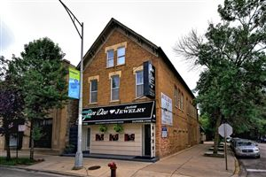 Photo of 1425 West Diversey Parkway #1B, CHICAGO, IL 60614 (MLS # 10387379)