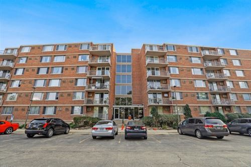 Photo of 2211 S Highland Avenue #3F, Lombard, IL 60148 (MLS # 11215379)
