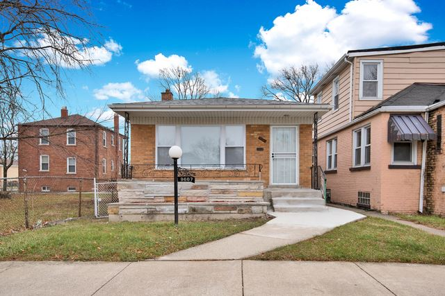 Photo for 9607 South Harvard Avenue, Chicago, IL 60628 (MLS # 10586380)