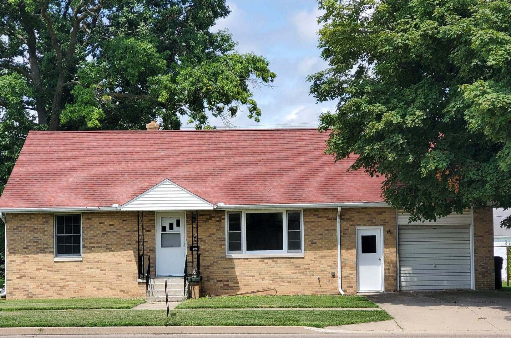 306 E Cedar Street, Le Roy, IL 61752 - #: 10784380