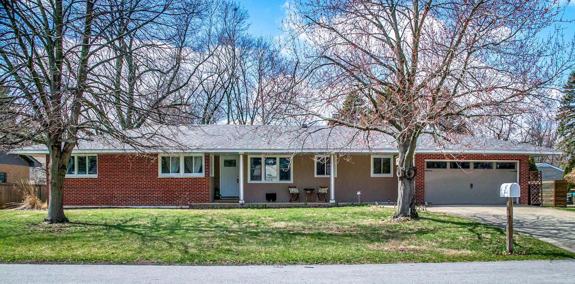 422 Lakeside Road, Crystal Lake, IL 60014 - #: 10682381