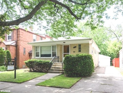 Photo of 6222 N Lowell Avenue, Chicago, IL 60646 (MLS # 10760382)