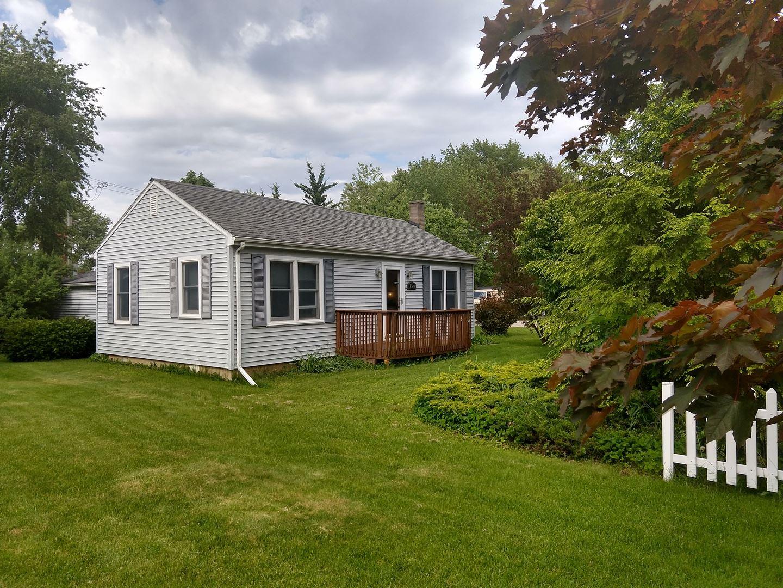 1324 Thornwood Lane, Crystal Lake, IL 60014 - #: 10759382
