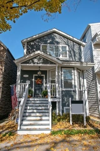 Photo of 2418 W Hutchinson Street, Chicago, IL 60618 (MLS # 10933384)
