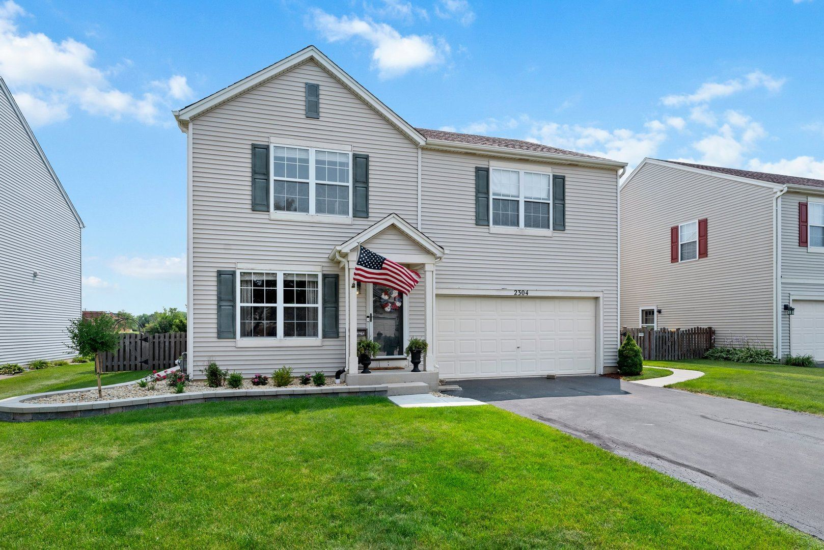Photo of 2304 Country Ridge Drive, Plainfield, IL 60586 (MLS # 11164386)