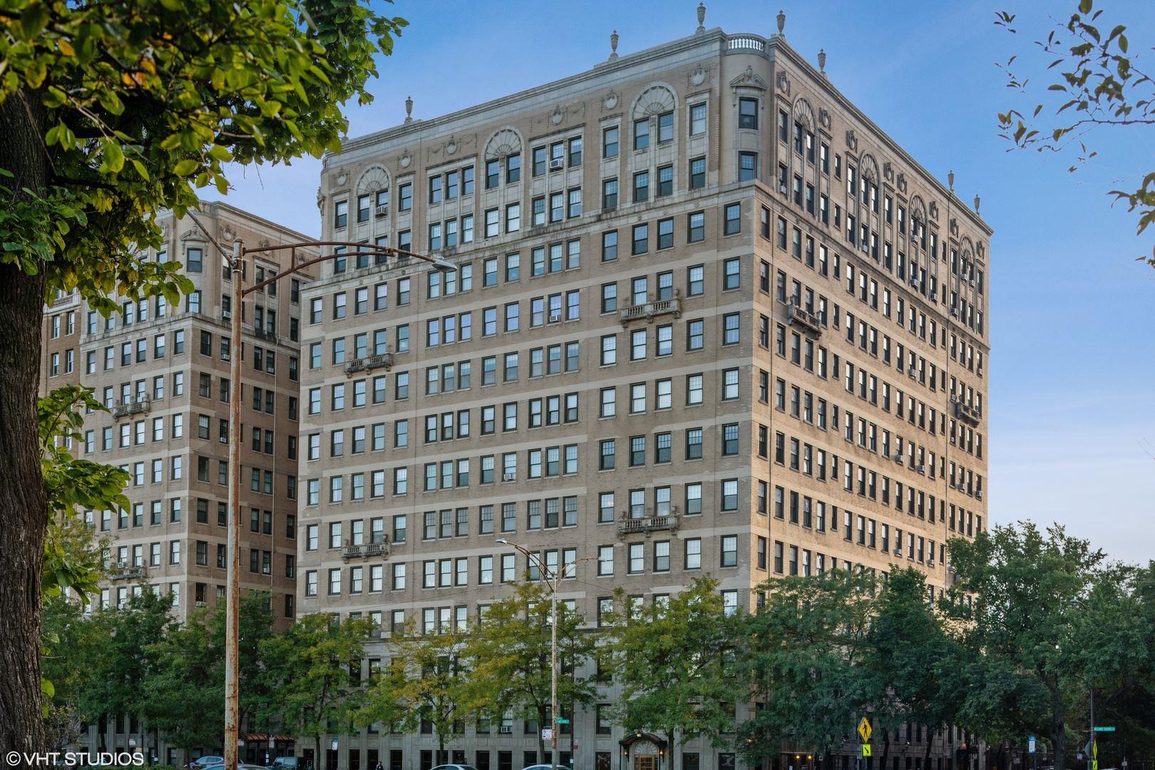 Chicago, IL 60657