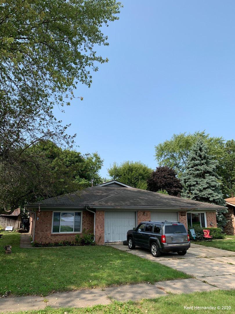 Photo for 425 S Jackson Street, Batavia, IL 60510 (MLS # 10860388)