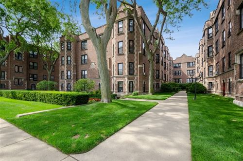 Photo of 582 Sheridan Square #2, Evanston, IL 60202 (MLS # 10619390)