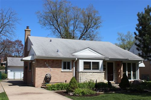Photo of 1905 South Crescent Avenue, Park Ridge, IL 60068 (MLS # 10641393)